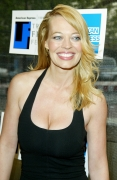celebrity_city_Jeri_Ryan_661_392lo.jpg