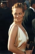 ArianeScans0176_JeriRyan_The55thAnnualPrimetimeEmmyAwards2003.jpg