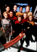10c09_celebrity_city_Star_Trek_Voyager_Cast_6.jpg